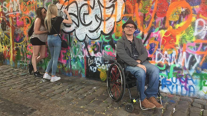 جمهوری چک و کمک به معلولان برای ایجاد رابطه جنسی