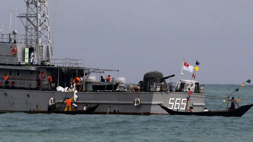العثور على جثث وحطام من طائرة ميانمار المفقودة