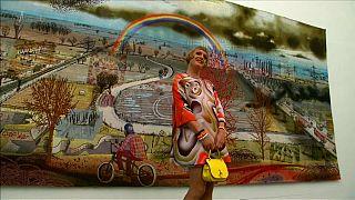 Arte londrina travestida de política