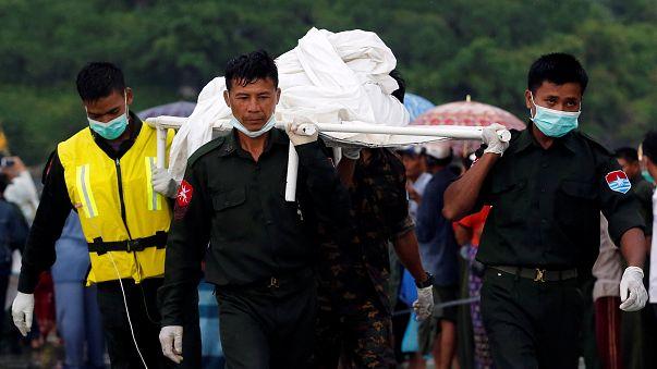 Birmanie : les débris de l'avion retrouvés