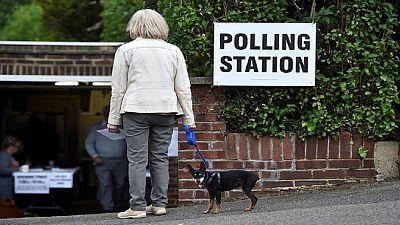 Royaume-Uni : jour de législatives anticipées