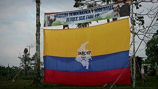 Colombia: le farc consegnano la prima parte del loro arsenale
