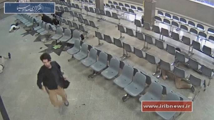 Tahranlılar saldırıların şokunu atlatmaya çalışıyor