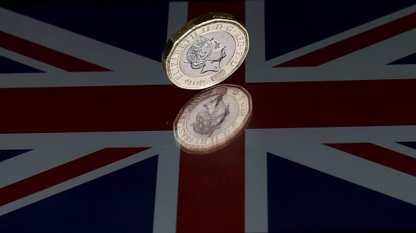 Sterling sees sharp drop in value over election confusion