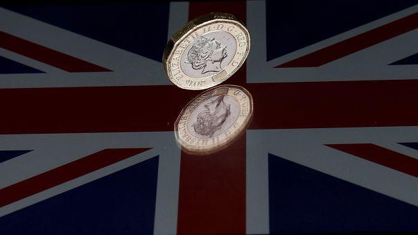 Eleições britânicas: Libra nos valores mais baixos de dois meses