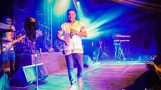 Teddy Afro: Ethiopia's top artiste aims to heal the nation with the mic
