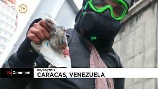 Venezuela'da gösterilerde genç bir öğrenci öldürüldü