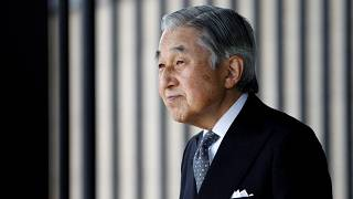Law to allow Japanese Emperor to abdicate