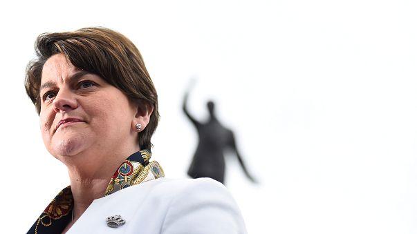 ¿Quiénes son los unionistas que salvarán a May?