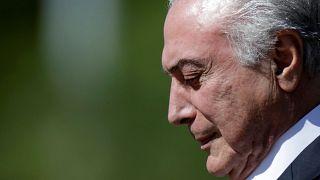 Marad a brazil elnök