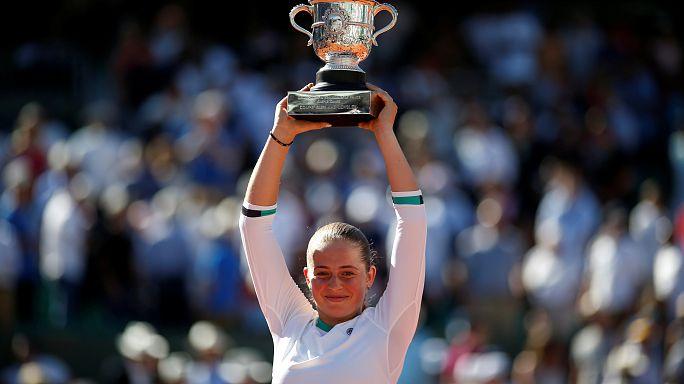Sensation bei den French Open: Newcomerin Ostapenko besiegt Halep