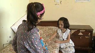 Szíriai árvák: lassan az életek is újjáépülhetnek