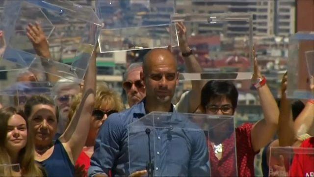 """Pep Guardiola """"ponta-de-lança"""" do referendo catalão"""