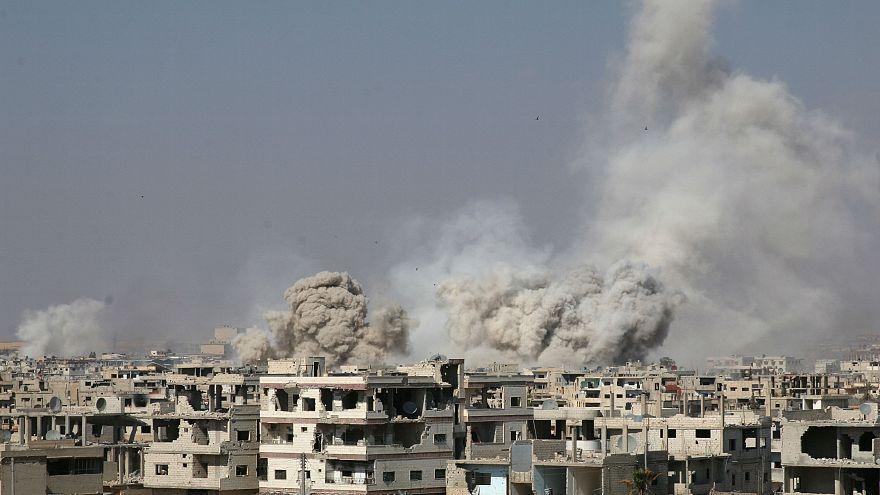 Hordóbombák hullottak egy szíriai palesztin menekülttáborra