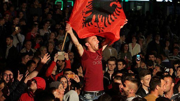 Victoria de la coalición nacionalista en Kósovo