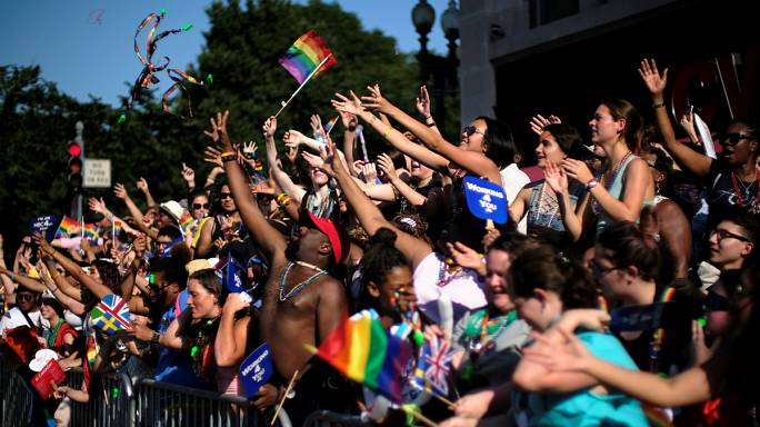 Washington: gay pride contro Trump