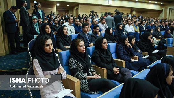 روحانی در جمع جوانان: مسئولین امروز کشور دهههای پایانی زندگیشان را می گذرانند