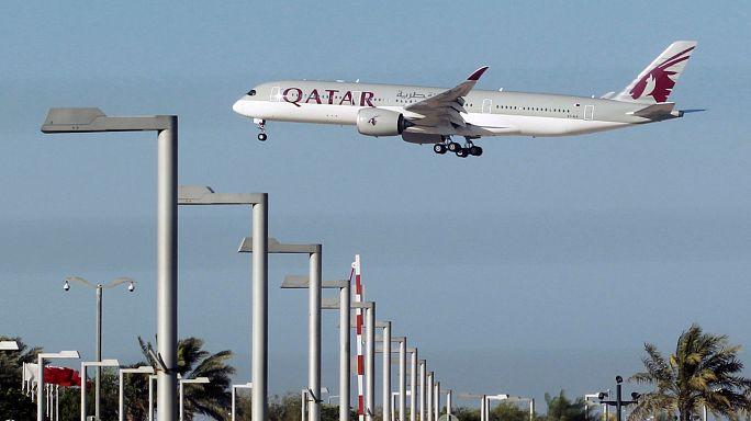 أزمة قطر مع جاراتها تلقي بظلالها على شركة الخطوط الجوية القطرية