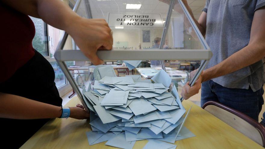 مرشحون عن أحزاب إسلامية للانتخابات التشريعية