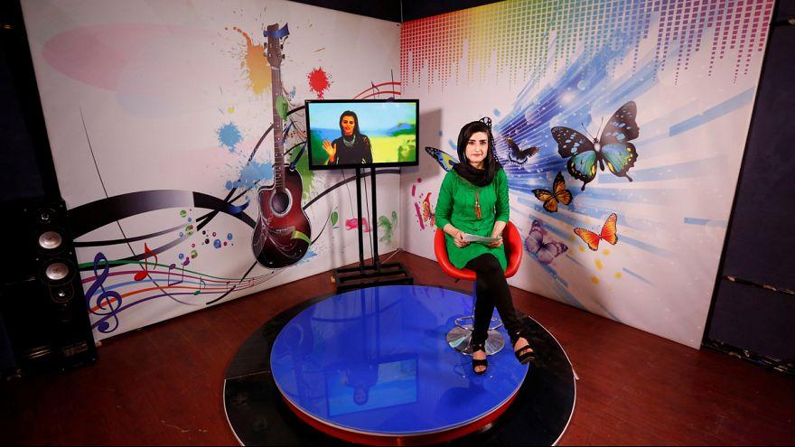 تلویزیون «زن»؛ تلاش زنان افغان برای تحقق برابری جنسیتی
