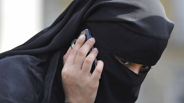 Norway bids to ban full-face veils