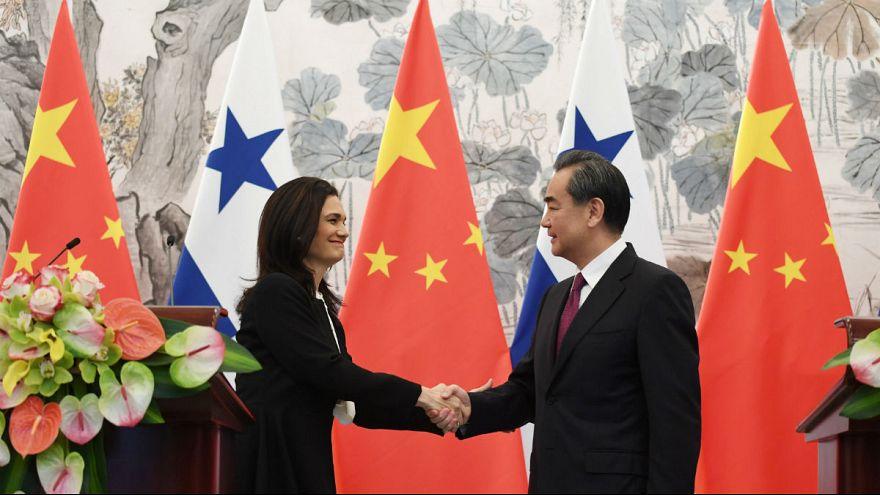 پاناما روابط دیپلماتیک با تایوان را قطع کرد