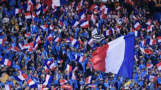 France-Angleterre : le football et les hommages