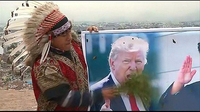 Xamãs peruvianos dançam pela paz