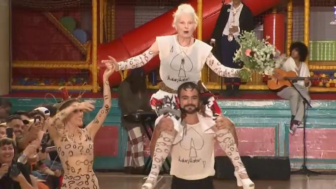 Vivienne Westwood praises Corbyn at 2018 Spring/Summer collection catwalk