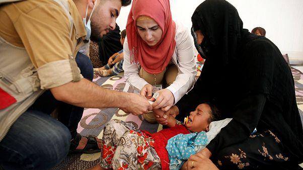 مسمومیت صدها آواره عراقی در اردوگاه موصل