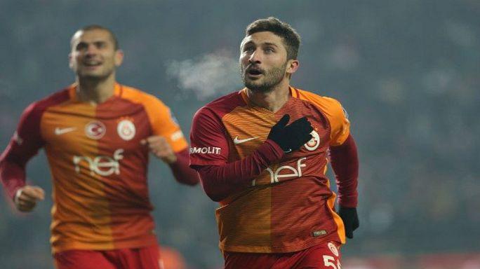 Sabri Sarıoğlu Galatasaray'dan ayrıldı