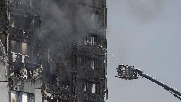 Hochhausbrand: Augenzeugen berichten