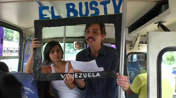Venezuela: Bus-TV informiert Fahrgäste über Proteste