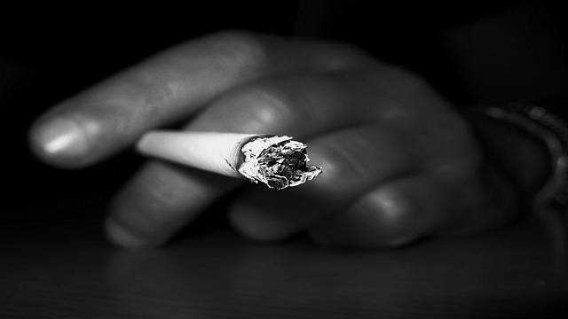 Tunus'ta iftardan önce sigaraya 1 ay hapis cezası