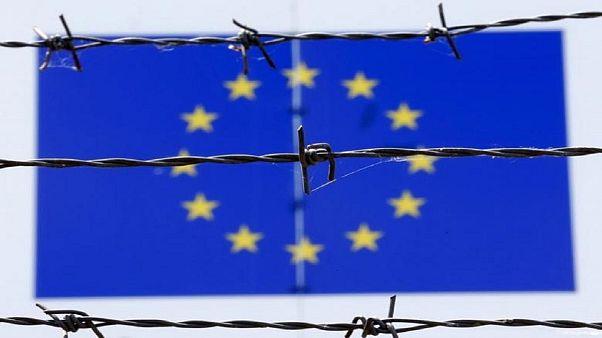 اخطار کمیسیون اروپا به سه کشوری که به سهمیهبندی پناهجویان تن ندادهاند
