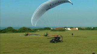 Une voiture volante a traversé la Manche