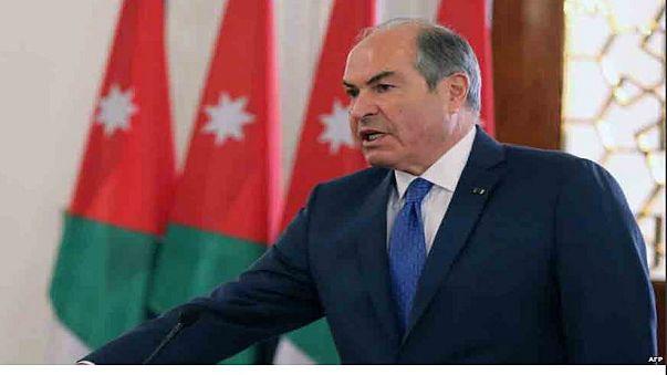 قبول استقالة ثلاثة وزراء في الأردن