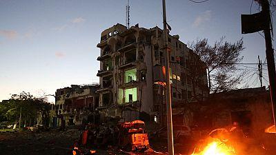Somalie : six morts dans un attentat-suicide contre un restaurant de Mogadiscio