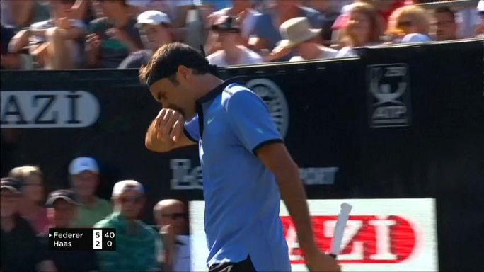 Federer cae ante Haas en su regreso a las pistas