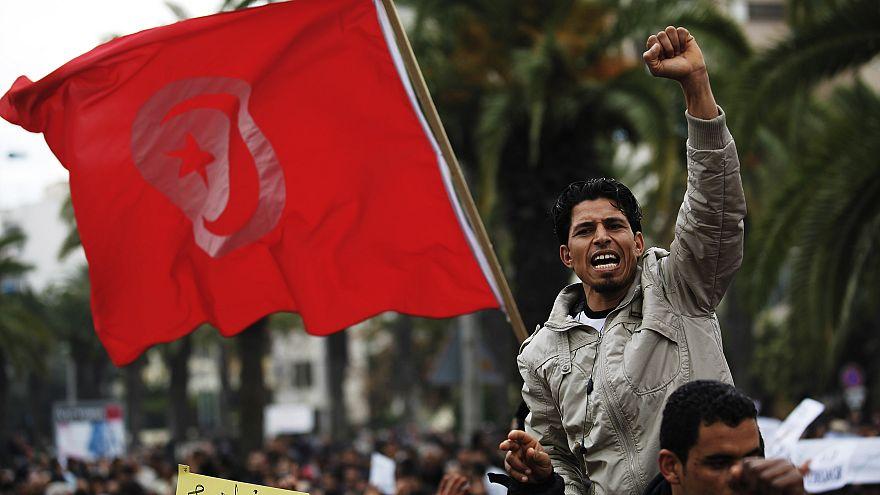 تونس: إقالة عشرات الموظفين الجمركيين بسبب تهم فساد