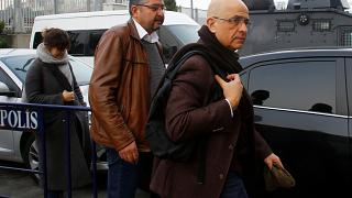 """Un diputado opositor turco, condenado a 25 años de cárcel por """"espionaje"""""""