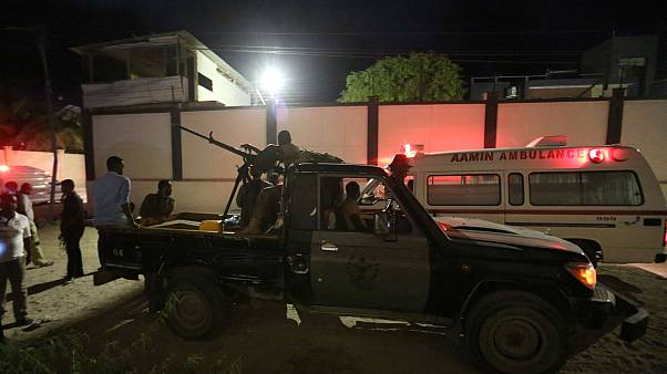 Somali'de restorana bombalı saldırı