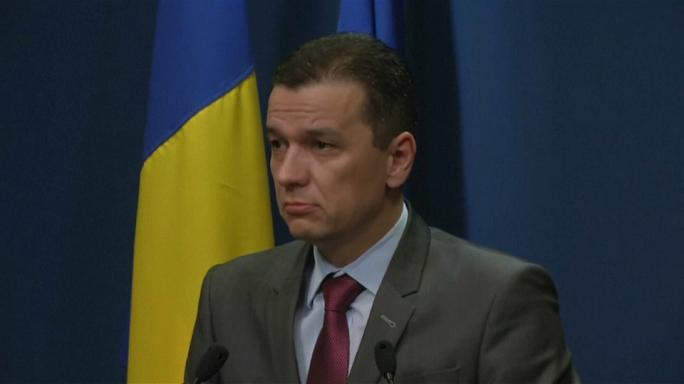 Romanya'da Başbakan Grindeanu istifa etmeyi reddetti