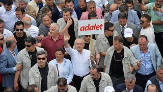 Turquia: Protestos contra detenção de deputado de oposição