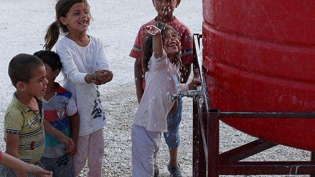 Flucht aus Raqqa: Kinderschicksale im Syrien-Krieg