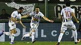 فوتبالیست آرژانتینی با سوزن به بازیکنان حریف حمله کرد