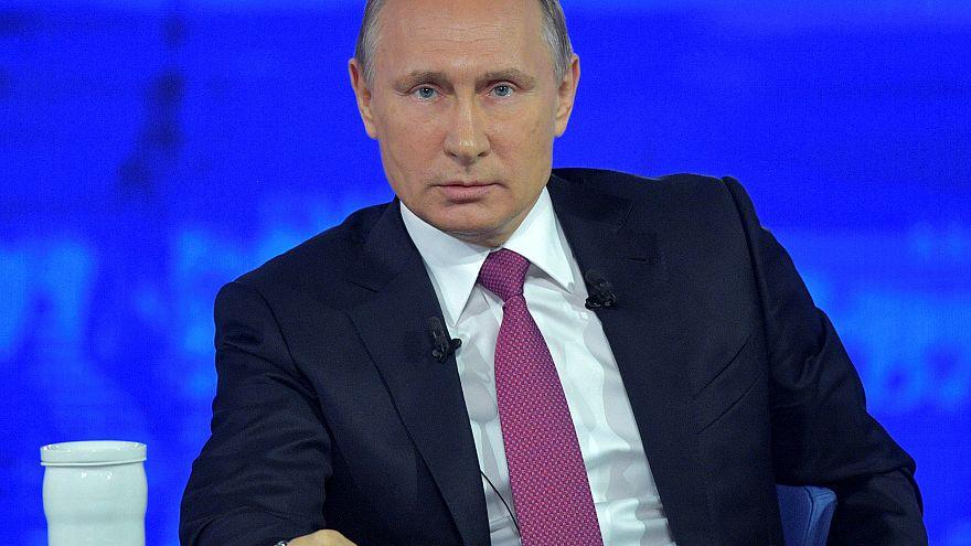 """Putin acusa a la oposición de protestar por """"autopromoción"""""""