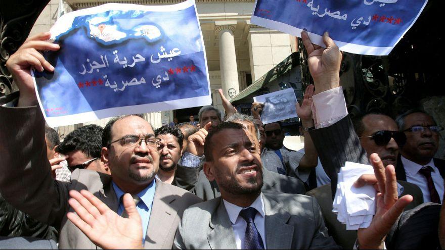 Árulásnak tartják az egyiptomiak szigeteik átadását Szaúd-Arábiának
