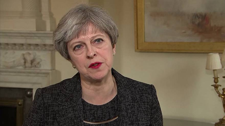 Мэй формирует кабинет, разбирается с пожаром, готовит переговоры с ЕС