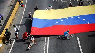 "Venezuelalı muhalif lider Evans: ""İki taraf da hatalı"""